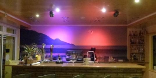 Rosas, bar, restaurant