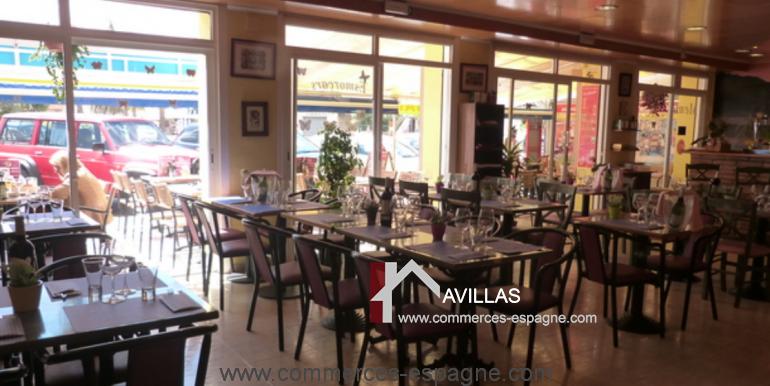 bar-restaurant-tapas-rosas-salle-restaurant-3-COM17025