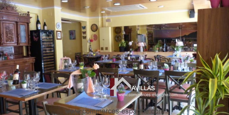 bar-restaurant-tapas-rosas-salle-restaurant-COM17025