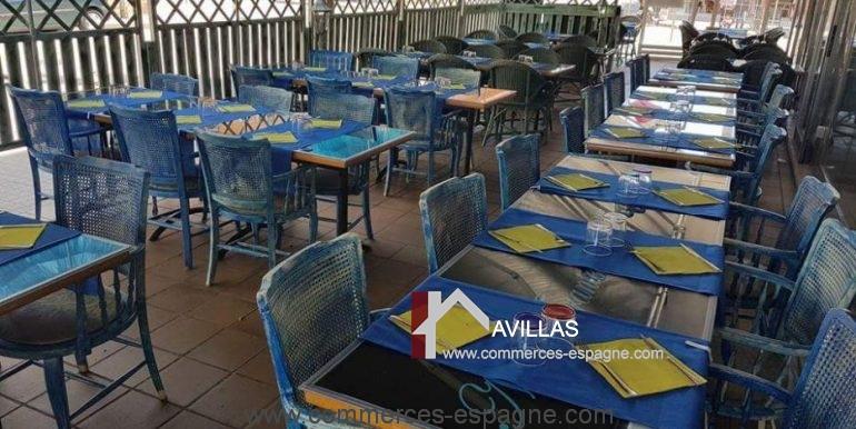 pizzeria-na- tarantella-terrasse-dressée-COM17021