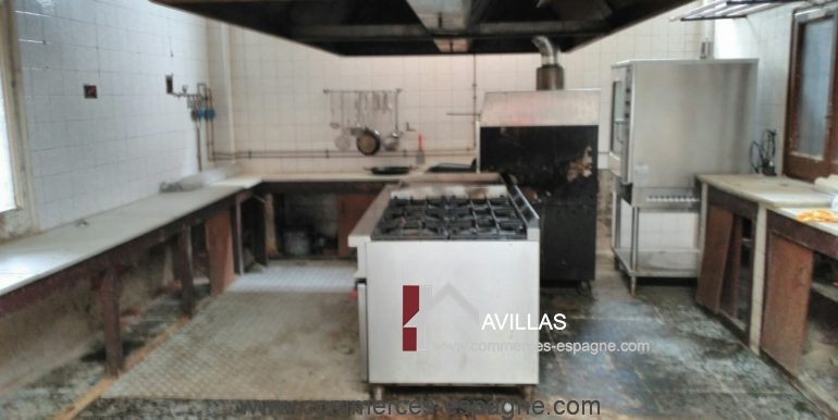 avillas-commerces-espagne-COM15003COCINA1