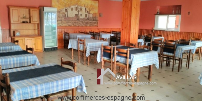 avillas-commerces-espagne-COM15003SALA5
