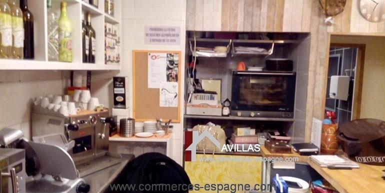 bar-tapas-ca-la-meri-roses-machine-a-café-COM17040