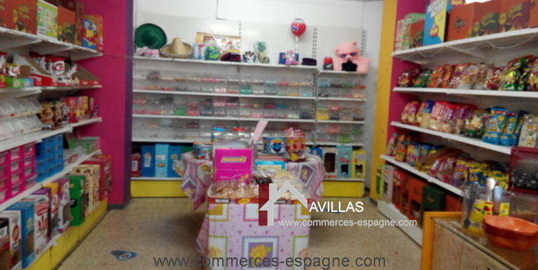 boutique-confiseries-lloret-de-mar-interieur-COM17032