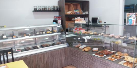 Torrevieja, Boulangerie, point chaud avec terrasse Costa Blanca