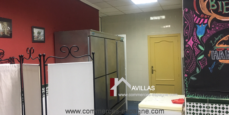 torrevieja-commerces-espagne-avillas-COM15014LAILA4