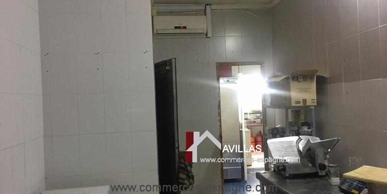 torrevieja-commerces-espagne-avillas-COM15014LAMILA5
