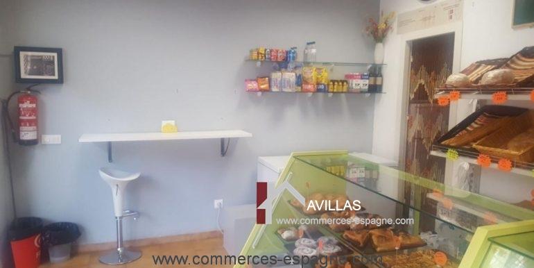 boulangerie-salt-fond-mur-COM17044