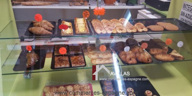 boulangerie-salt-vitrine-croissant-COM17044