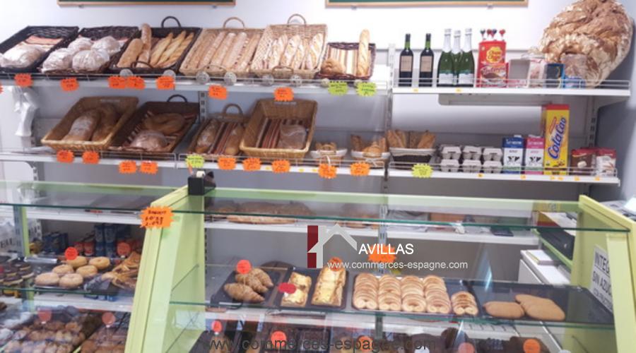 Girone, Boulangerie, Pâtisserie, dépôt de pain