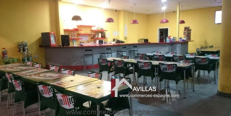 commerces-espagne-alicante-com35035-foot-en-salle-cafeteria2