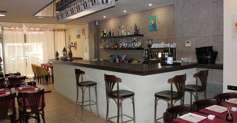 Tarragone, Bar Restaurant