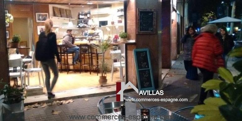 commerces-espagne-barcelona-COM15033BARCAFJORDI6-900x604
