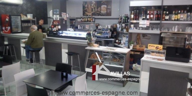 commerces-espagne-com35042-el-campello-cafeteria-salle2