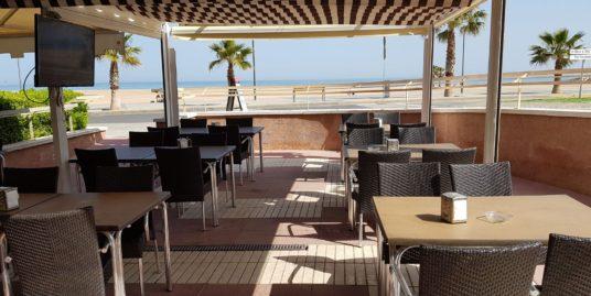 Tarragone, Bar Restaurant, face mer