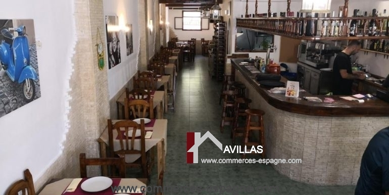 commerces-espagne-com35046-el campello-pizzeria-salle entiére