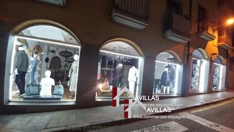 L'Escala, Magasin de vêtements de marque, Costa Brava