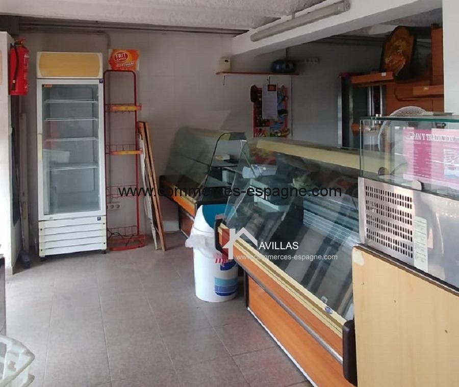 Rosas, Boulangerie, dépôt de pain, face mer
