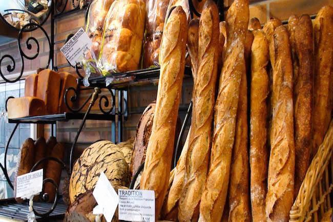 Rosas, Boulangerie, dépôt de pains, face mer