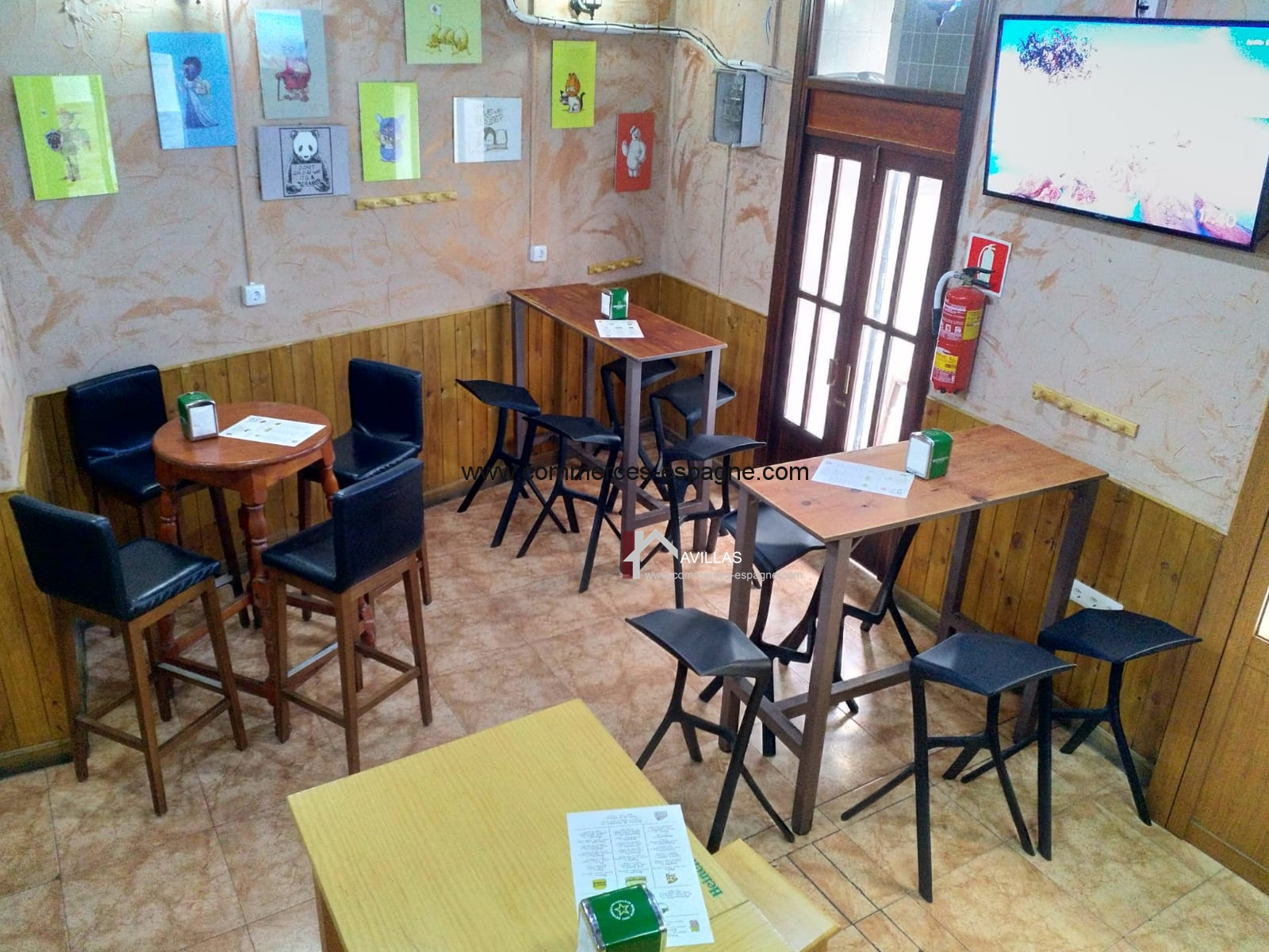 Alicante Tapas Bar con cocina.