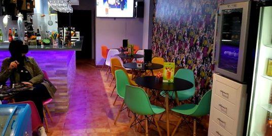 Bar Tapas Cafeteria à Benidorm en première ligne
