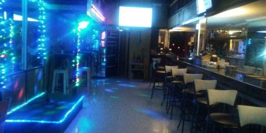 Bar de nuit, karaoke à Benidorm