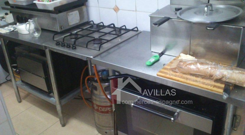 com03206-friteuse-four-industriale-four-a-pizzas-double