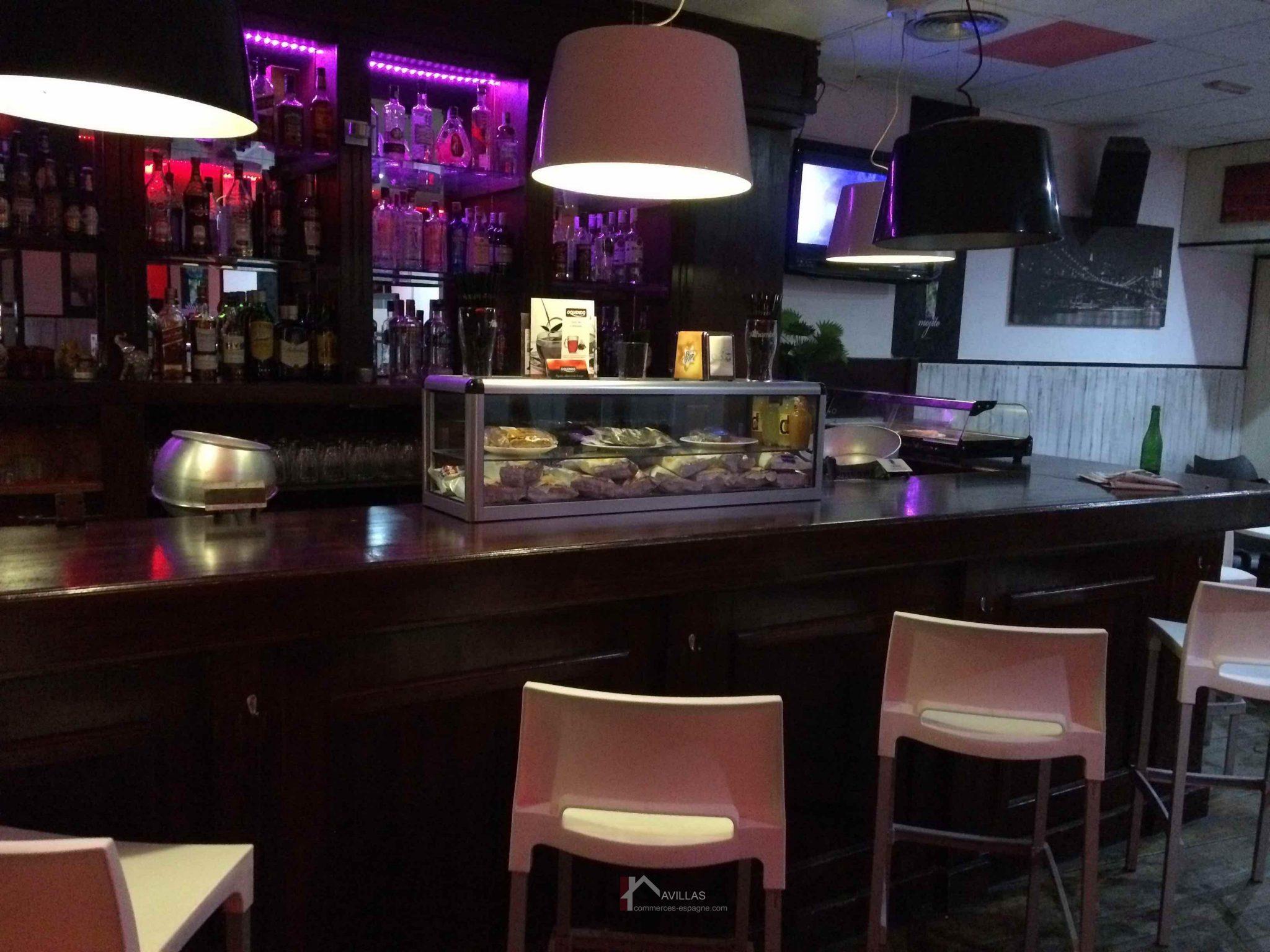 Alicante, Bar d'ambiance