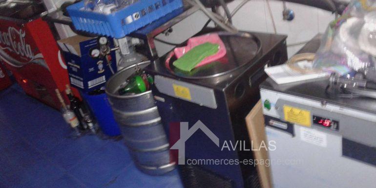 Estepona-commerces-espagne.com82712