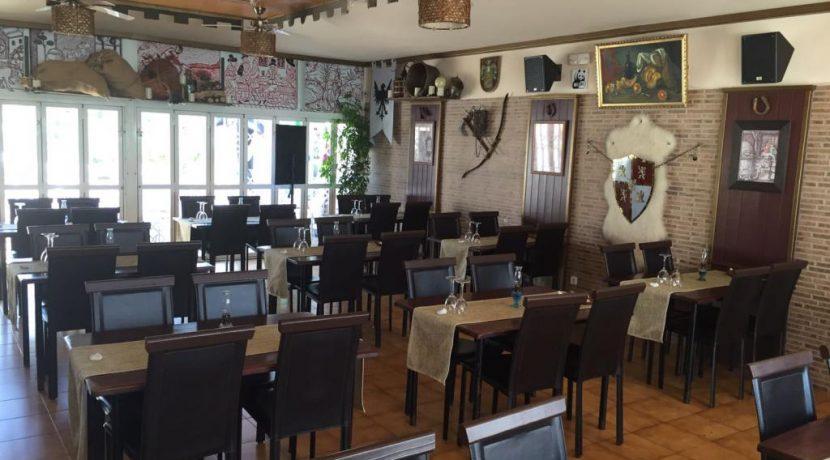 denia-bar-restaurant-com12002-salle (7)