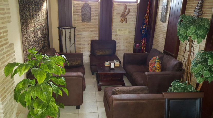 denia-bar-restaurant-com12002-salon lounge