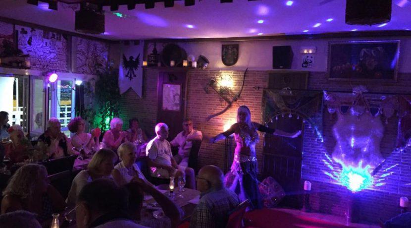 denia-bar-restaurant-com12002-spectacle
