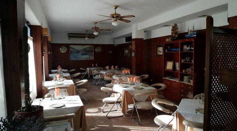 denia-restaurant-com12005-salle