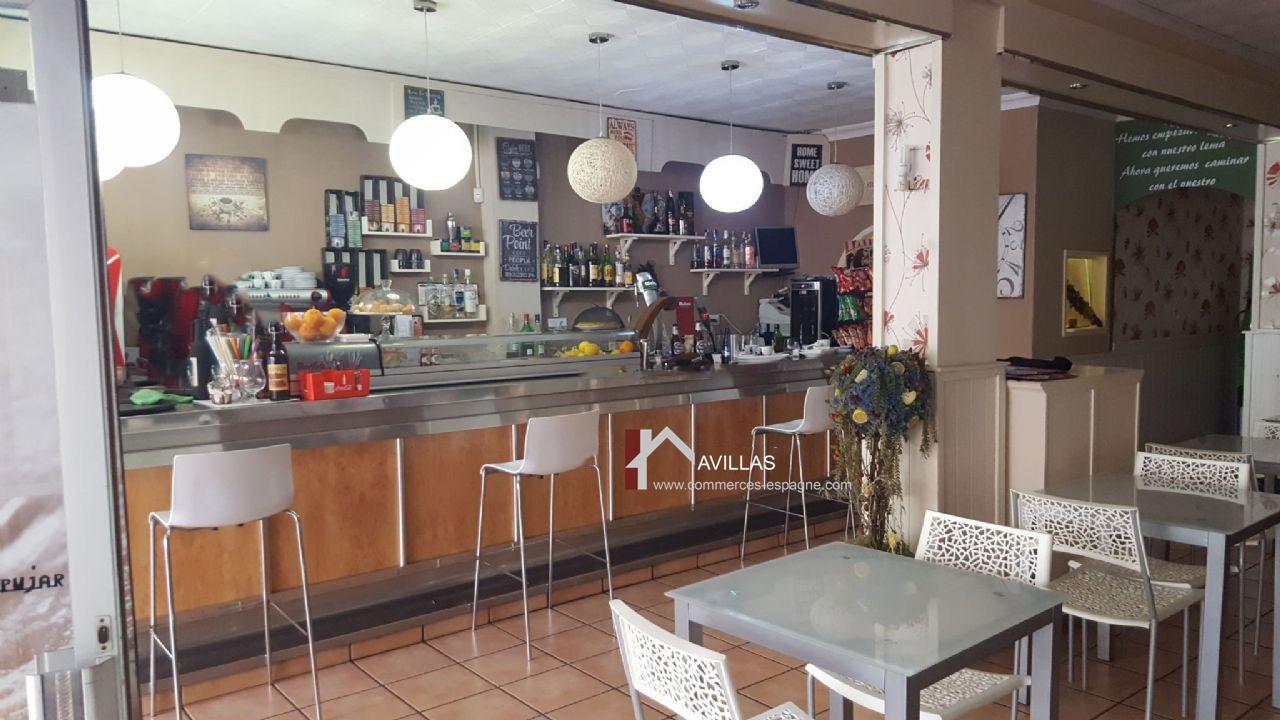 Benidorm, Bar,Tapas, restauration face mer