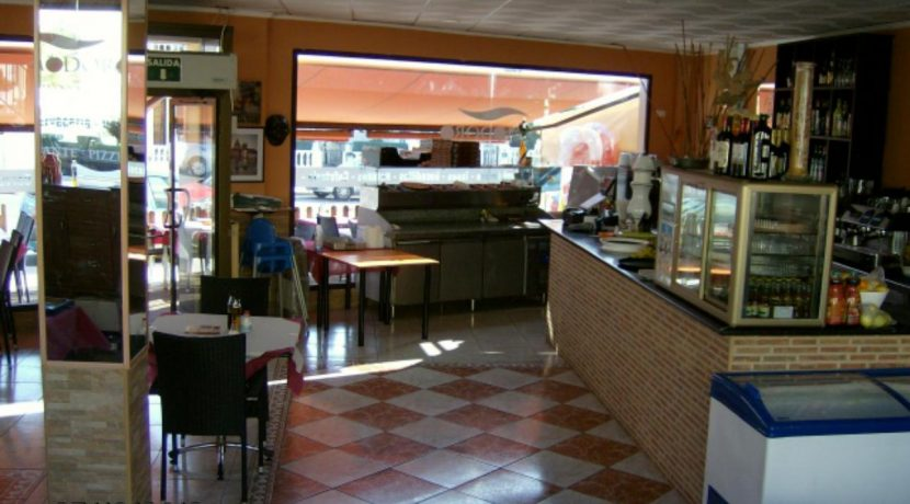 commerces-espagne.com COM03227 SALLE RDC 2