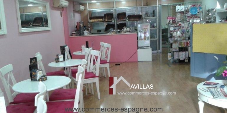 blanes-boulangerie-mis-dulces-salle-fond-COM17017