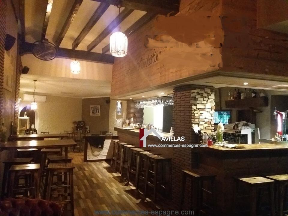 Denia, Bar Restaurant, rue piétonne