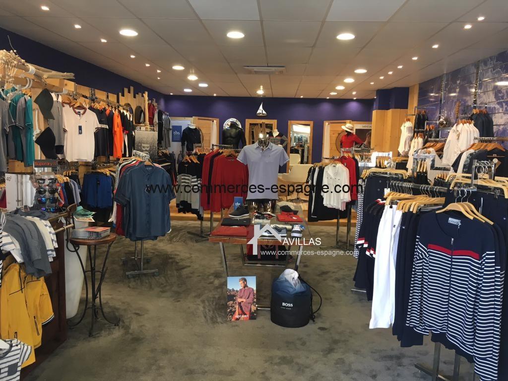 L'Escala, 3 boutiques de vêtements, Costa Brava
