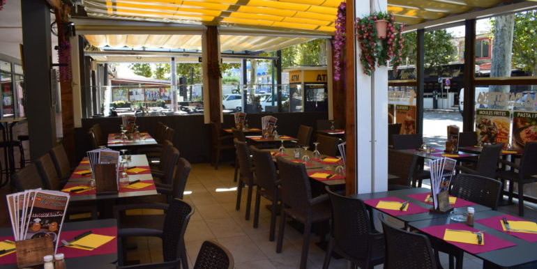 bar-restaurant-a-vendre-empuriabrava-7