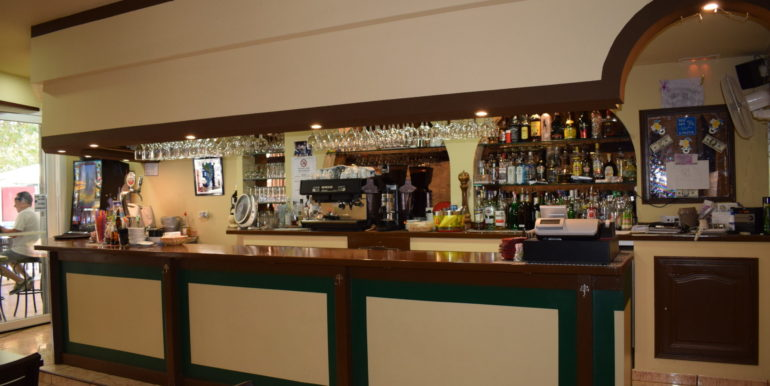 bar-restaurant-a-vendre-empuriabrava-18