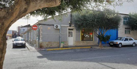 Entrepôt à louer à Torrevieja