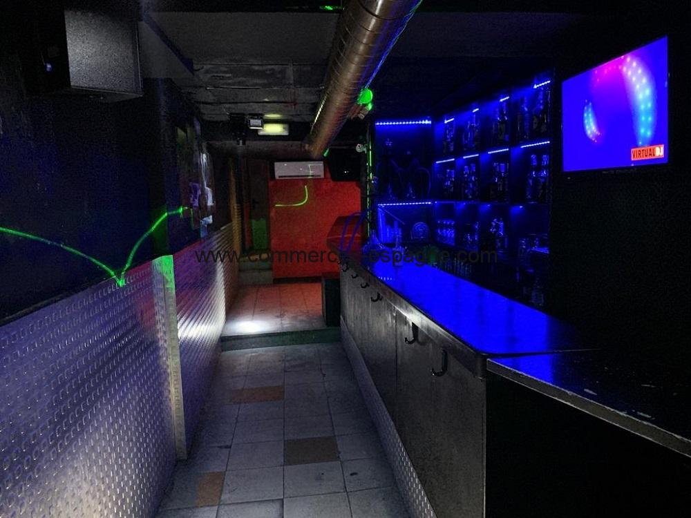 Bar de nuit à Alicante, centre ville
