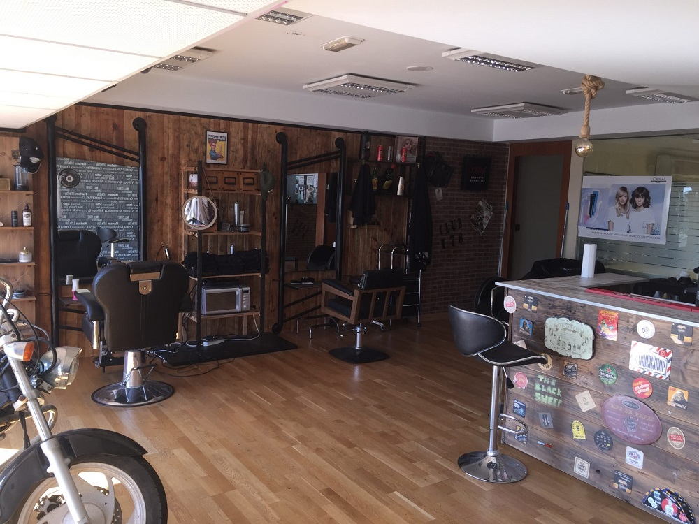 Centre de tatouage, barber shop, Estepona, face mer