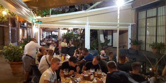 Restaurant à LLoret de Mar, face mer
