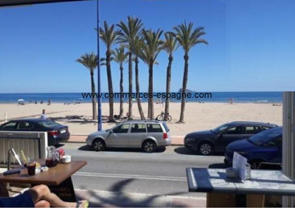 Benidorm, face à mer, bar Restaurant