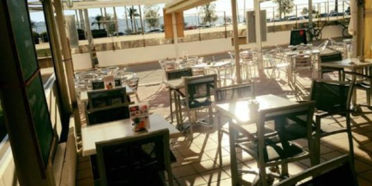 Empuriabrava, Restaurant, face mer