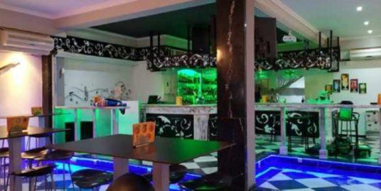 Torremolinos, bar de nuit