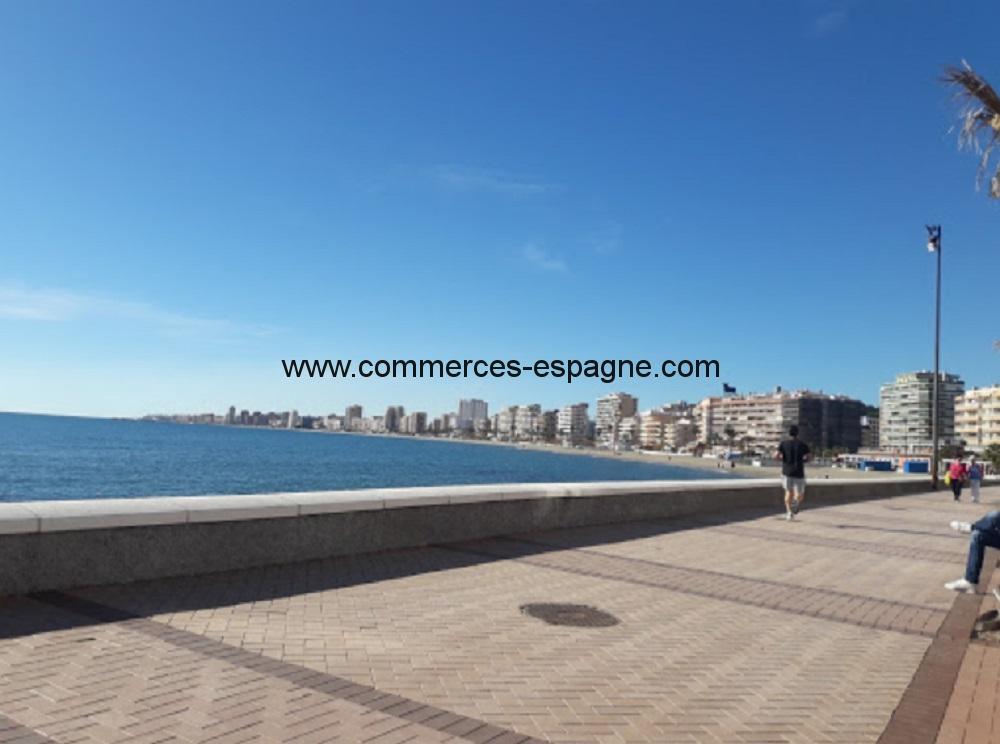 Bar, Snack, pizzeria à Fuengirola, face mer