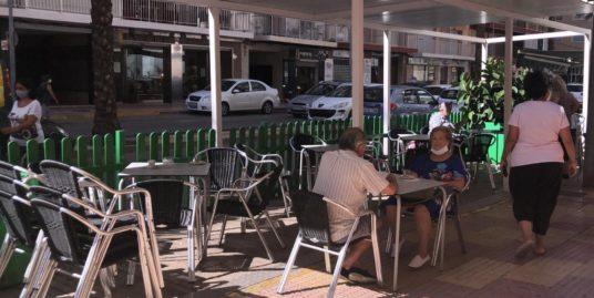 Cullera, cafeteria avec espace enfants