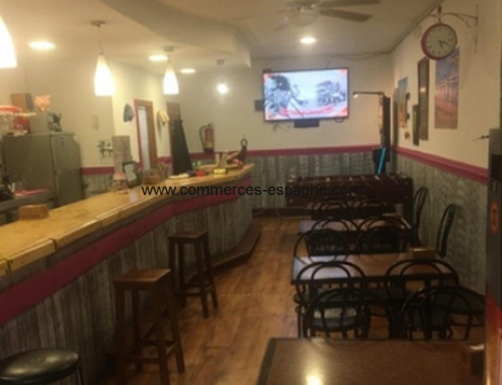 Bar tapas à Granada, Andalousie